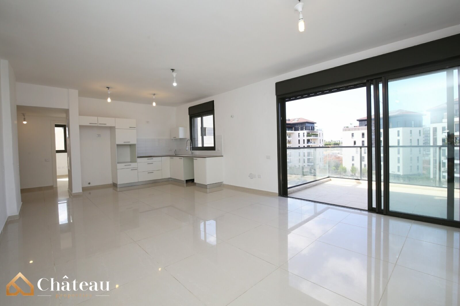 5 room apartment, Neve Zemer, Ra'anana